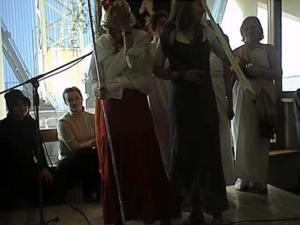 20030401-023